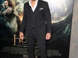 Manu-Bennett---The-Hobbit-The-Desolation-of-Smaug-premiere