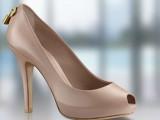 Scarpe donna - le Pumps in calf di Louis Vuitton