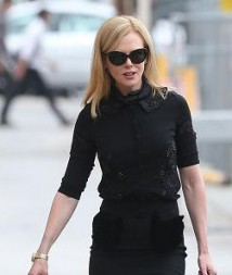 Nicole Kidman in total black