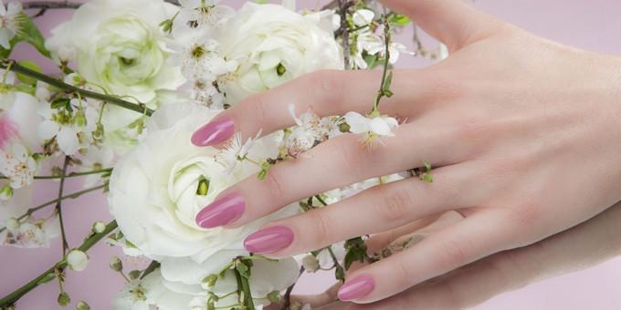 Le unghie a primavera? Rosa Dea