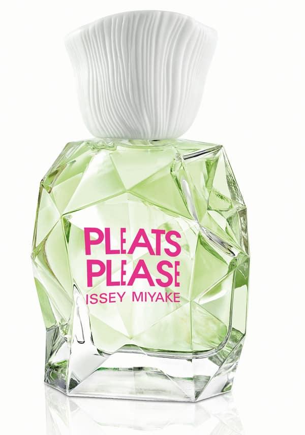 Pleats Pleas  di Issey Miyake