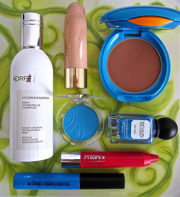 Il make up si tinge di Azzurro