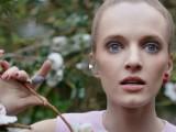 Mise en Dior, le perle strizzano l'occhio al piercing