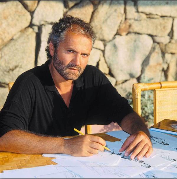 Gianni Versace al lavoro