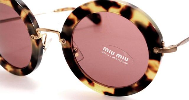 Sunglasses chanel vintage bicolore o miu miu for Occhiali tondi da vista vintage