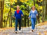Perdere peso senza affaticare il cuore? Nordic walking è la risposta