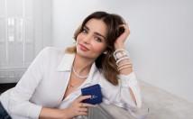 Miranda Kerr interpreta i gioielli e gli orologi Swarovski