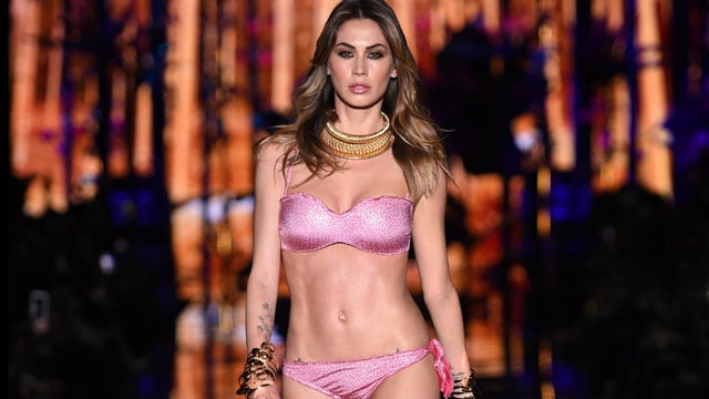 Melissa Satta sexy bikini Calzedonia