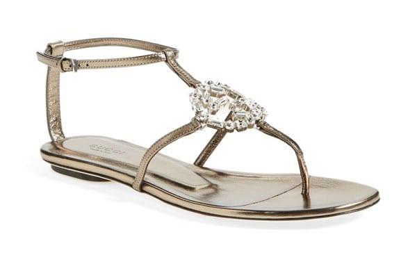 gucci sandalo con cristalli