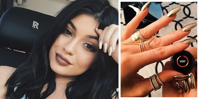 Kylie Jenner sceglie un look Gold&Bold firmato Artistic Colour Gloss per le sue nails