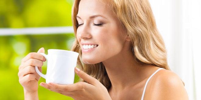 bere tè bianco rallenta l'invecchiamento