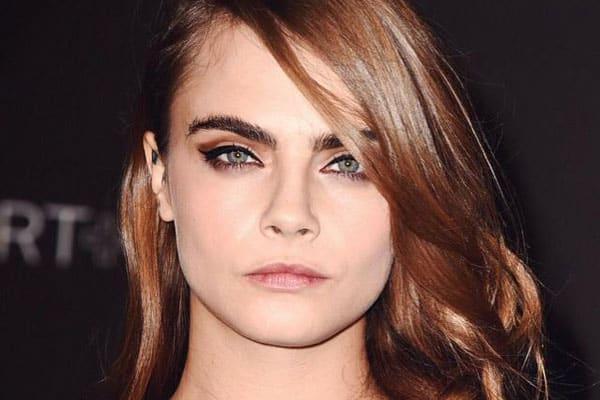 Cara Delevingne make up