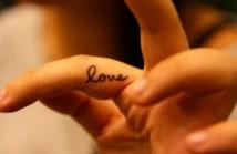 tatuaggio piccolo love
