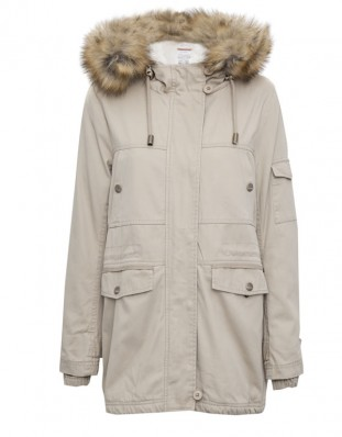 Pull and Bear 9752317401