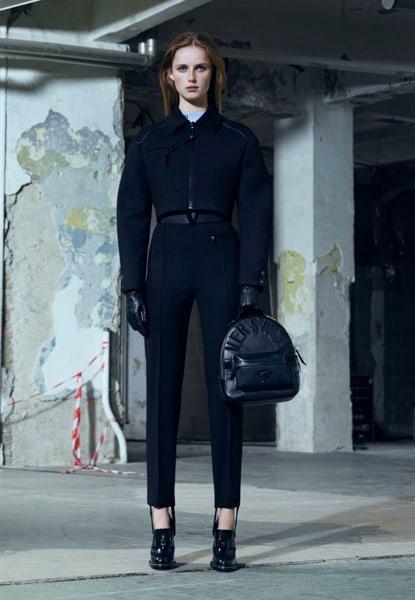 La pre-fall 2016 di Versace