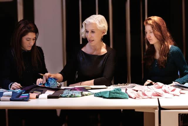 Chiara Boni con le sue collaboratrici