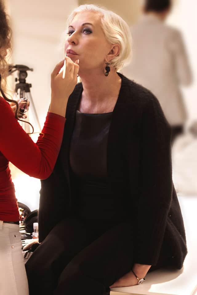 Chiara Boni durante il trucco