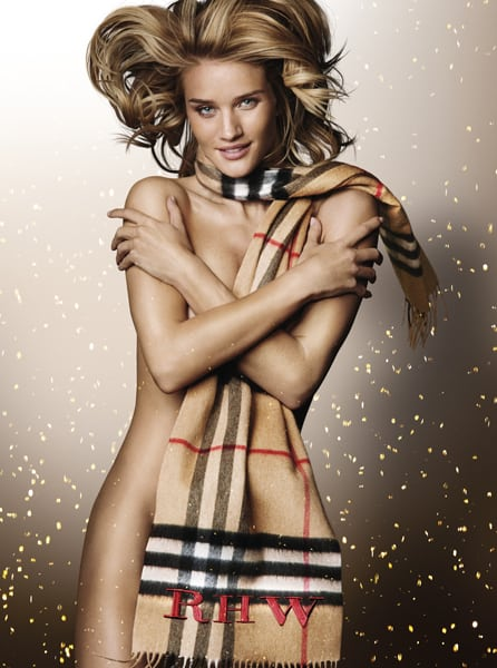 Rosie-Huntington-Whiteley-in-the-Burberry-Festive-Campaign,-shot-by-Mario-Testino