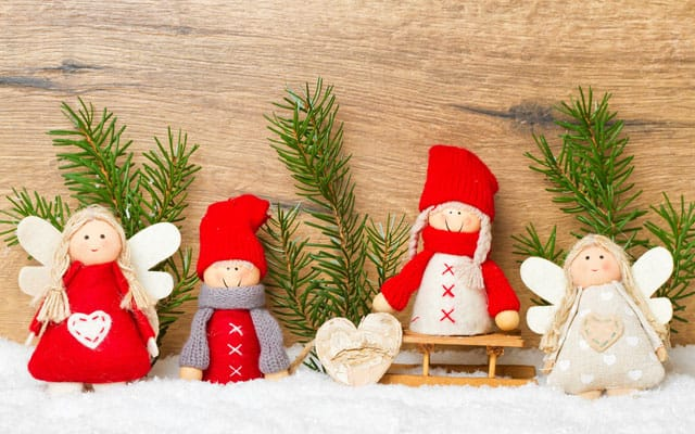Albero di natale e pupazzo di neve da fare coi bimbi for Idee per centrotavola di natale