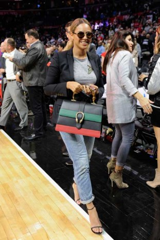 Beyoncé in Gucci con la Dionysus bag