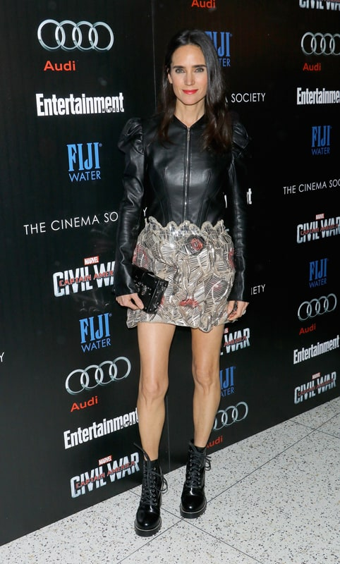 Jennifer Connelly in total look Louis Vuitton