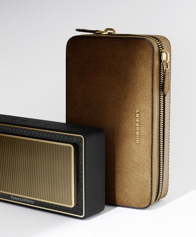 L'ALTOPARLANTE T7 GOLD EDITION - Bowers & Wilkins e Burberry insieme