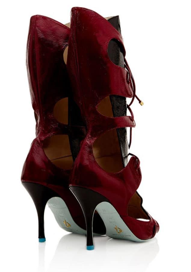 """Marion Ayonote presenta gli stivali """"Conqueror"""""""