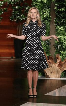 Un vestito a pois di Michael Kors per Reese Witherspoon