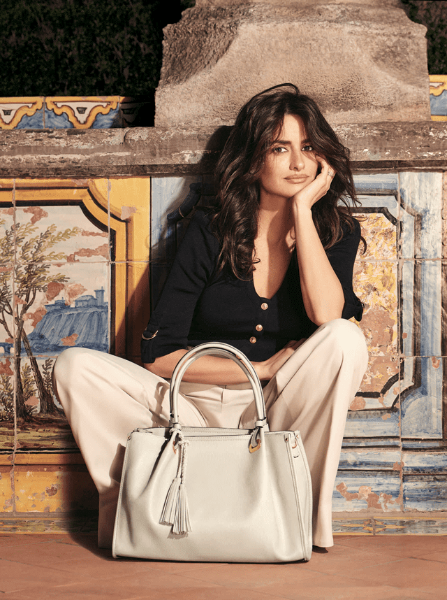 Penelope Cruz collection by Carpisa