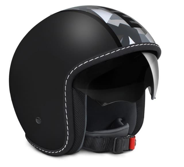 Il casco BLADE di MOMODESIGN per un papà dall'attitudine urbana che ama le moto!