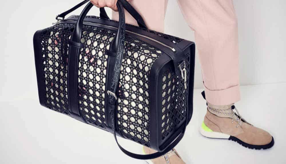 La linea di borse cannage da uomo di Dior