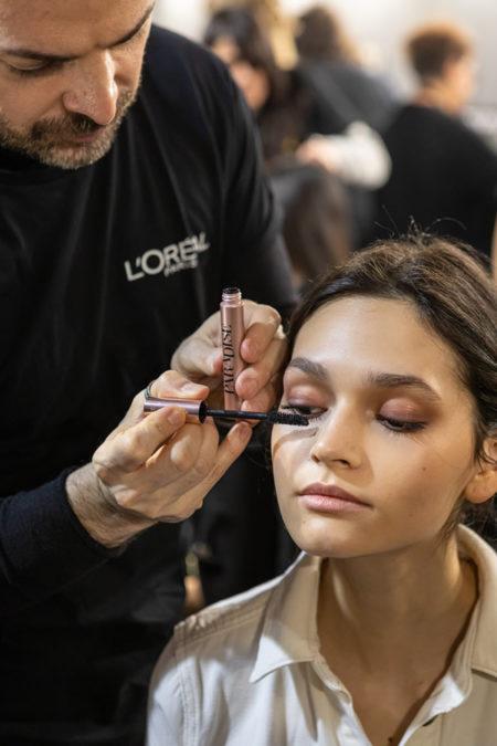 Il make up della sfilata di Elisabetta Franchi di Simone Belli, National Make-up Artist L'Oréal Paris ( foto press office)