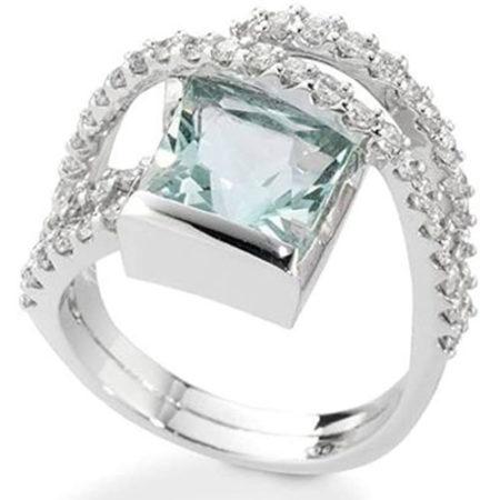 Anello in oro bianco con diamanti e acquamarina di De Giorgio