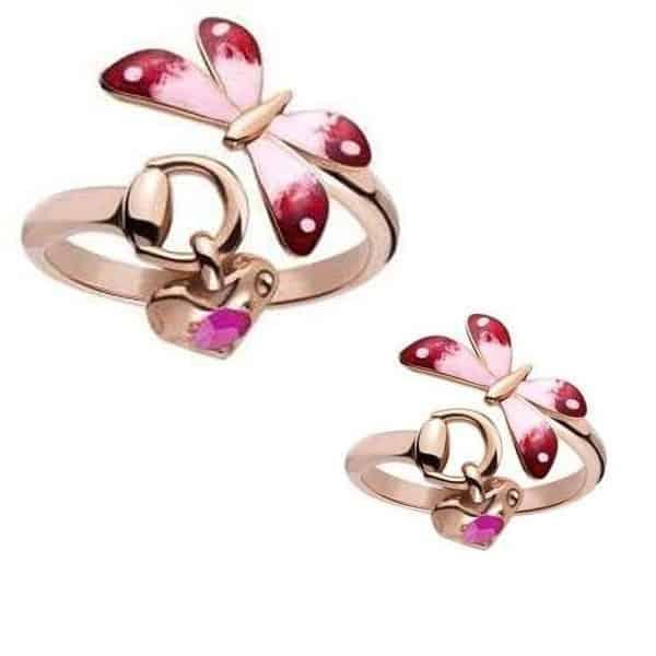 Una delicata farfalla e la magia del cuore per l'anello di Gucci in oro rosa 18 kt ( prezzo 840,00)