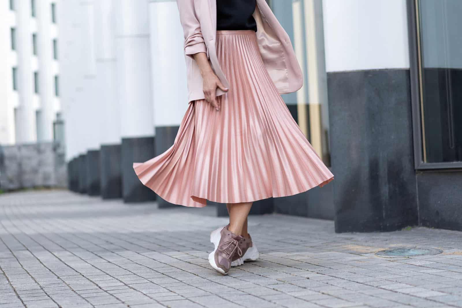 Gonna plissè - Peach colored A Line Pleated Skirt Di Денис Бухлаев