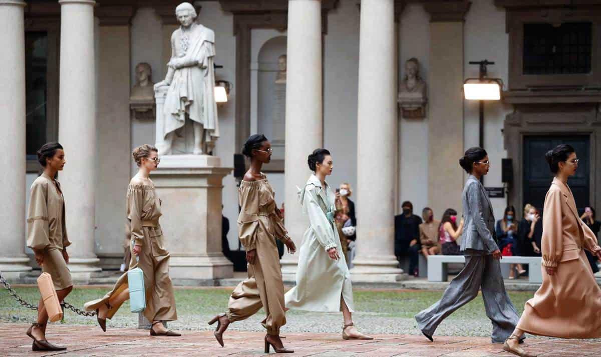 L'estate 2021 di Max Mara - Sfilate Milano Fashion Week