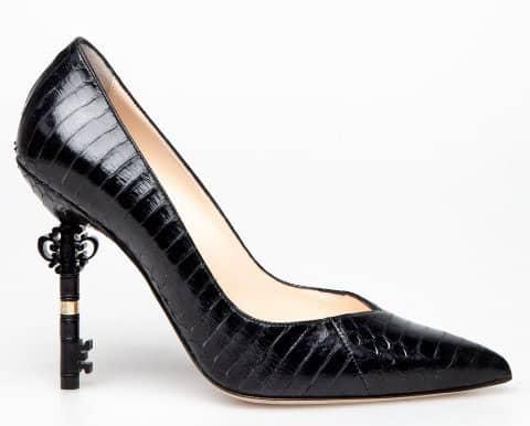 Shoes: Revolver Requeen Venexia