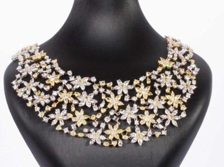 collana tempestata di diamanti
