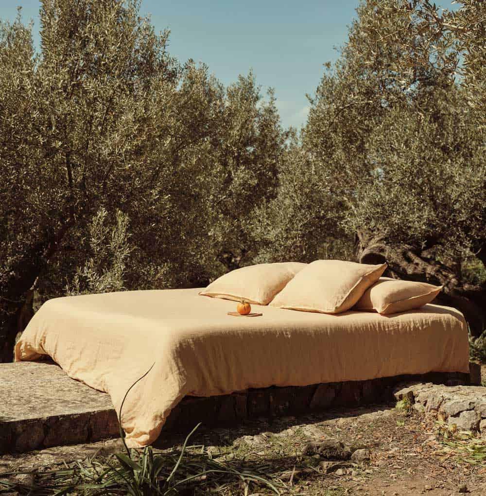 Mango: prima linea di tessuti dedicata alla casa.