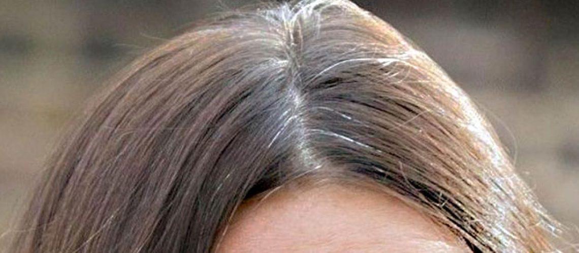 ricrescita tinta capelli